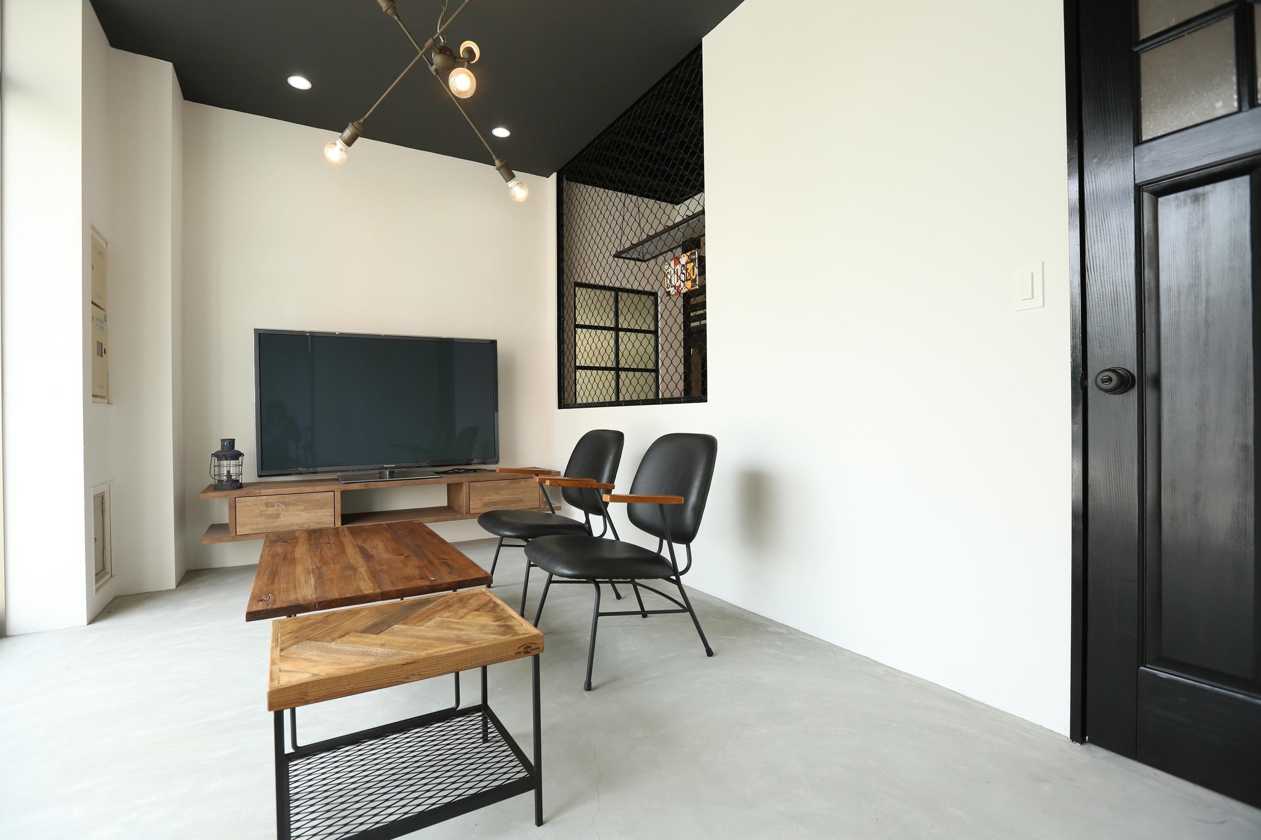 HOLIDAYS緑スタジオ